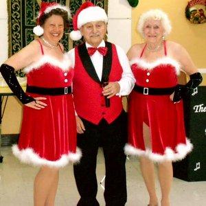 Tapsations Christmas pose 2015